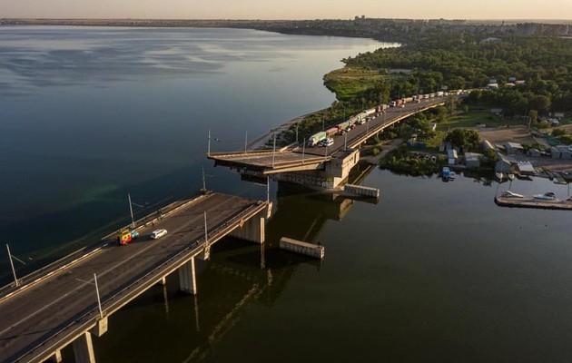 В Николаеве самопроизвольно поднялся разводной мост
