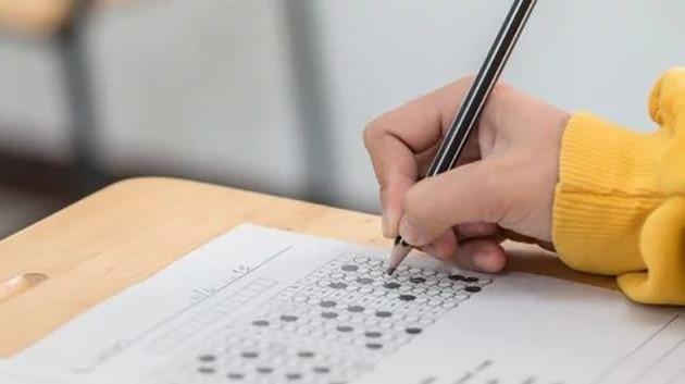 ВНО в Тернопольской области: коронавирус обнаружили у трех учителей, участвовавших в тестировании