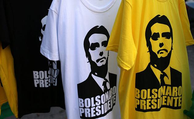 В суд на президента: журналисты обеспокоены возможностью инфицирования после встречи с Болсонару