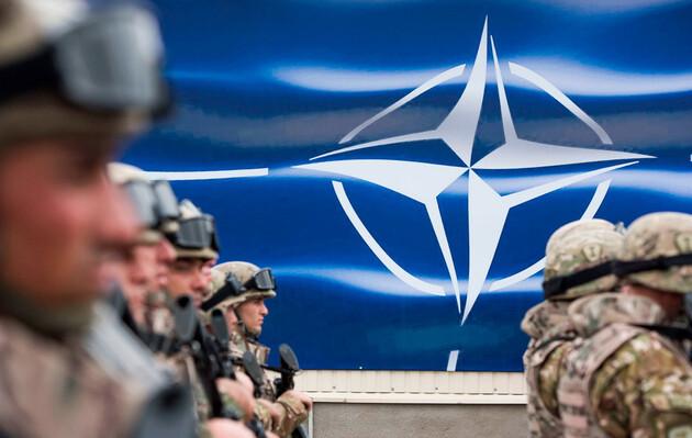 В НАТО несут службу 25 украинских военнослужащих