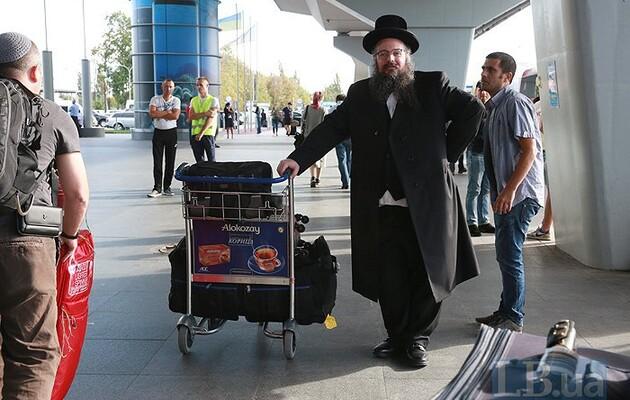 Израиль просит Киев запретить паломничество хасидов в Умань