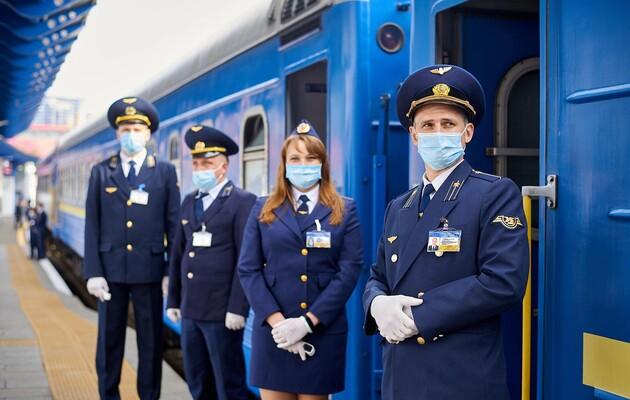 «Укрзалізниця» возобновляет полноценную продажу билетов на региональные поезда, следующие в Киев и обратно