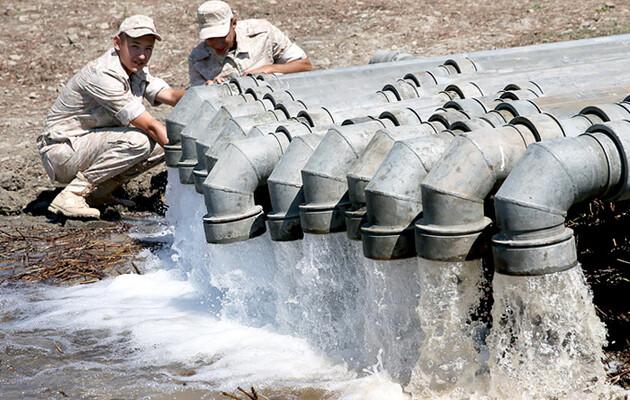 Оккупанты заявляют, что обеспечили Симферополь пресной водой