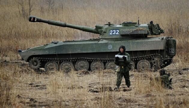 «В окопах они не сидят»: Хомчак назвал количество российских военных в Донбассе