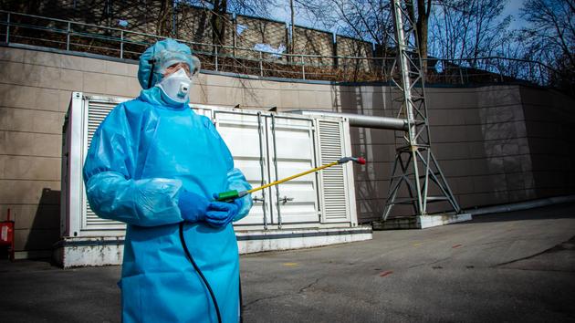 В Киеве снова более одной тысячи новых зараженных коронавирусом