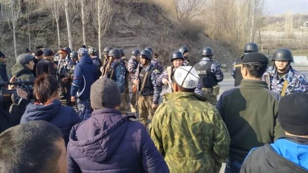 Під час зіткнень на кордоні між Киргизстаном і Таджикистаном загинули 13 людей