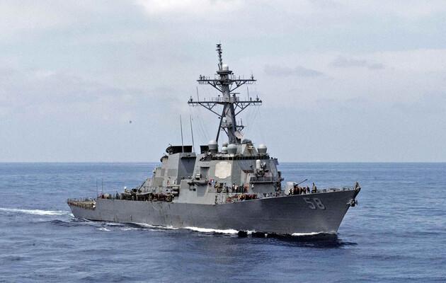 В Черное море идет эсминец ВМС США