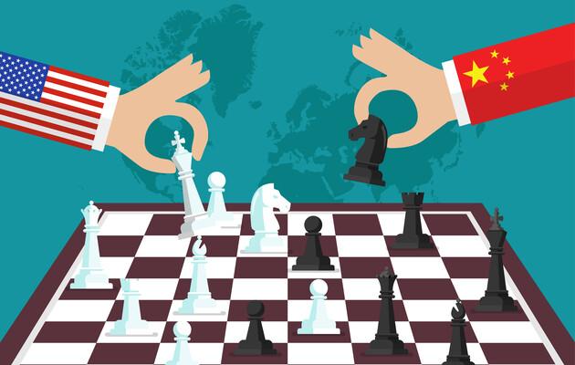 США и Китай ведут опасную военную игру — FT
