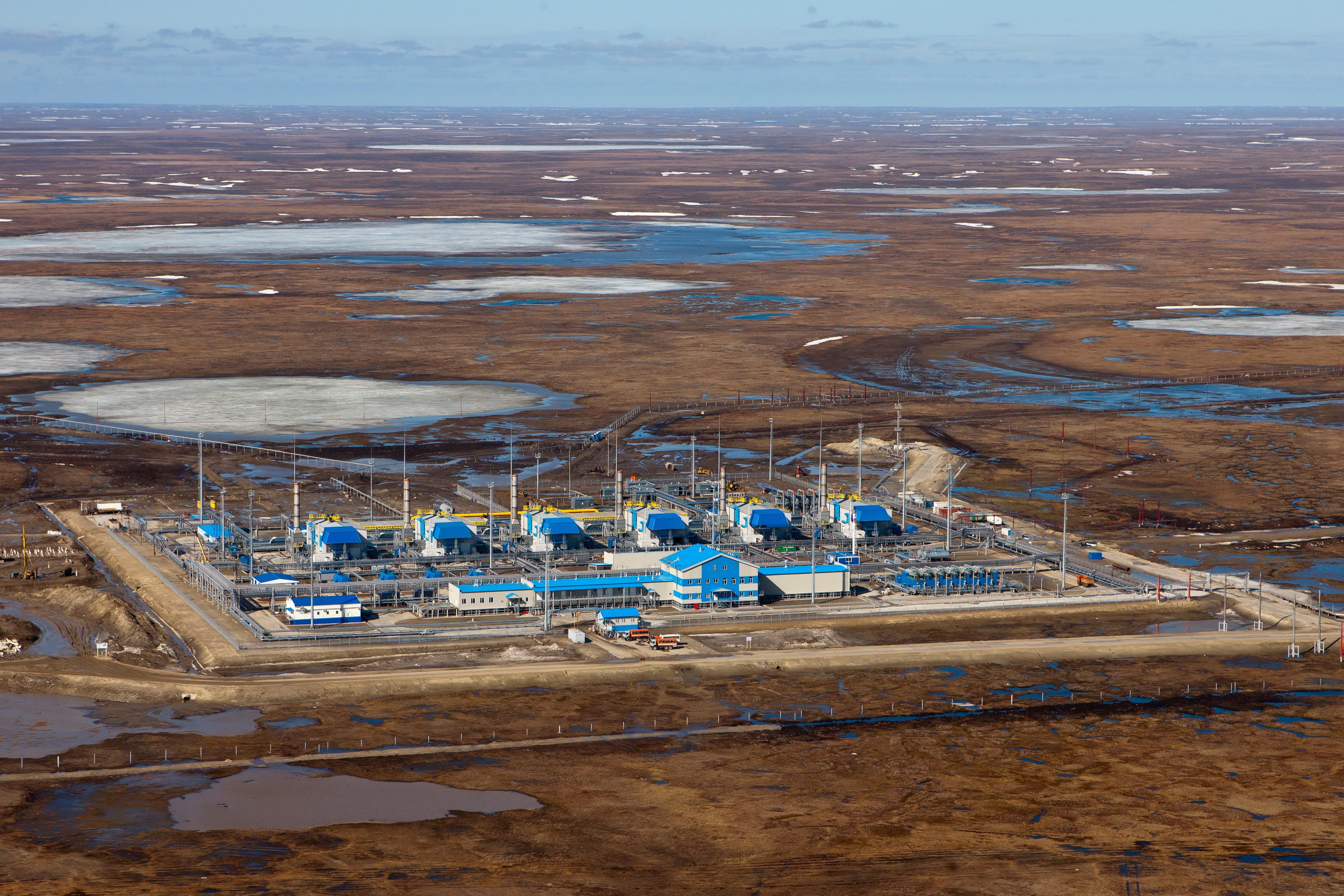 Компресорна станція «Байдарацька» газопроводу Бованенково—Ухта в ямальській тундрі